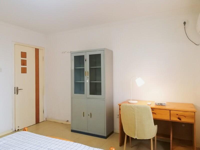 西三旗沁春家园合租房源卧室图
