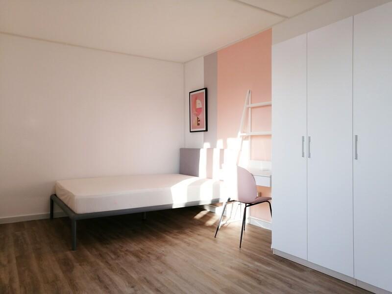四季青五棵松26号院合租房源卧室图