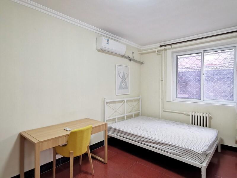 右安门内育新街整租房源卧室图