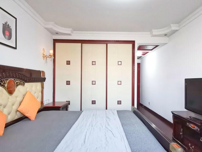 顺义其它华英园合租房源卧室图
