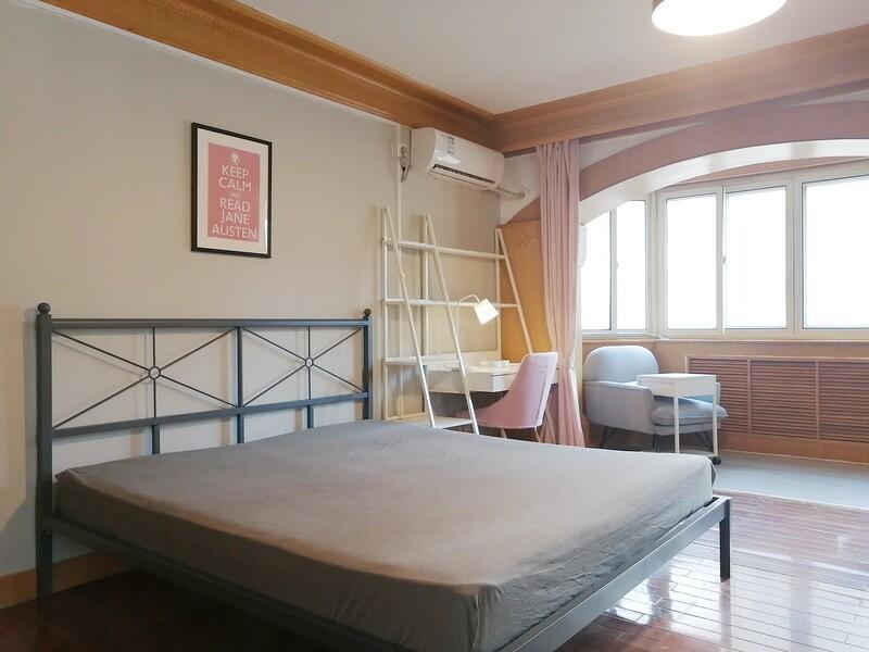 三里屯东中街合租房源卧室图